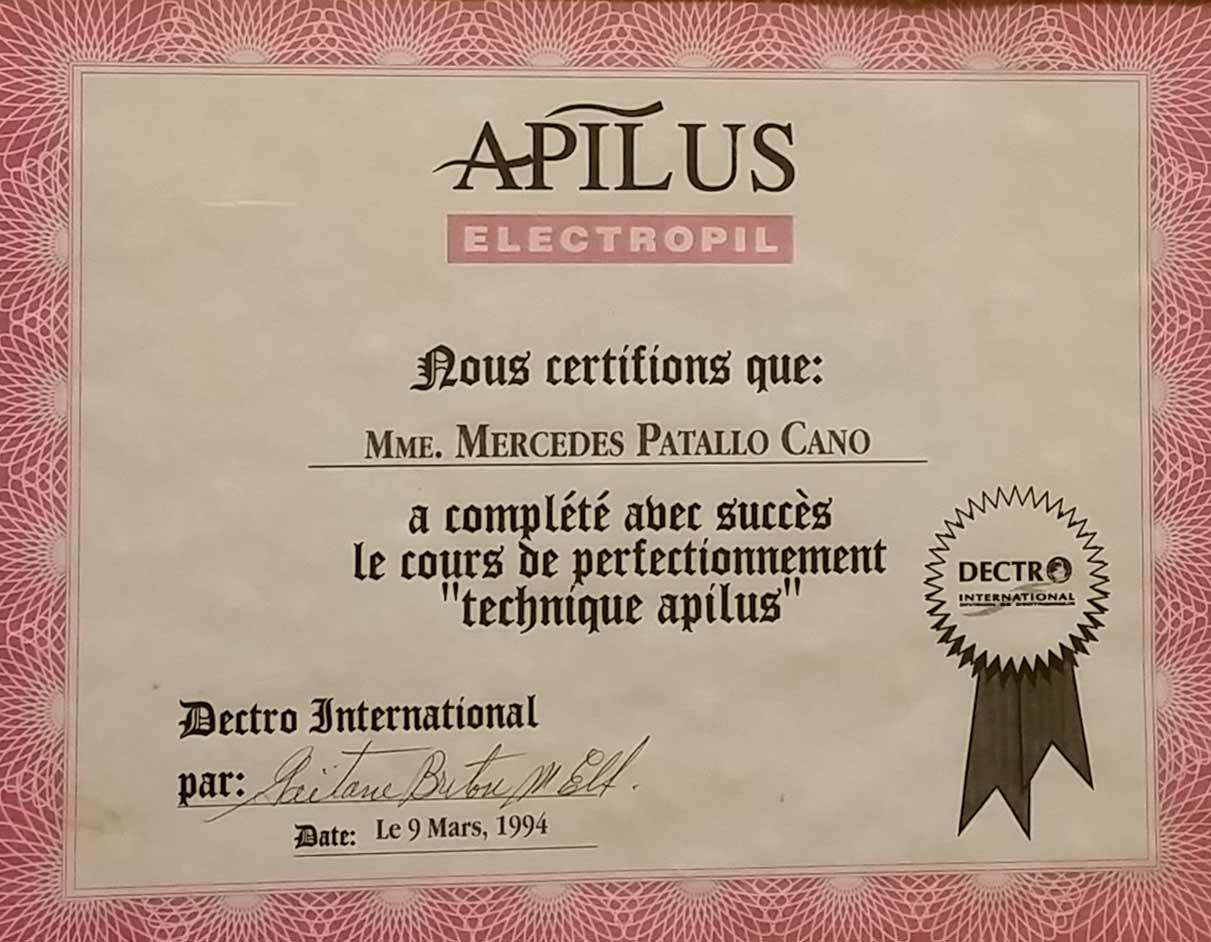 Certificación depilación eléctrica en centro de estética Mercedes Patallo de Gijón